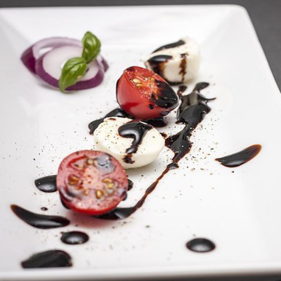 Trüffel-Tomate-Mozzarella